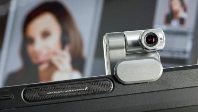 Hay varias maneras de evitar ser espiado a través de una webcam.
