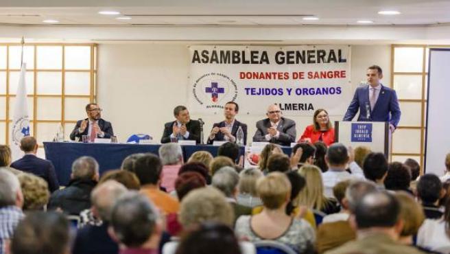 El alcalde de Almería, en la XXXIV Asamblea General de Donantes de sangre