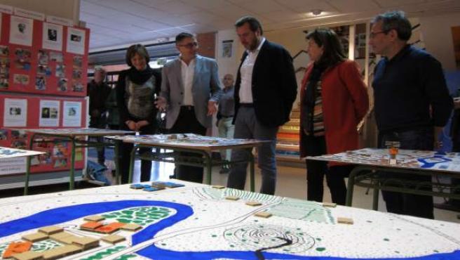 Óscar Puente visita el IES Condesa Eylo