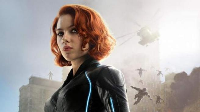 Scarlett Johansson como la Viuda Negra en uno de los posters de 'Los Vengadores: La era de Ultrón'