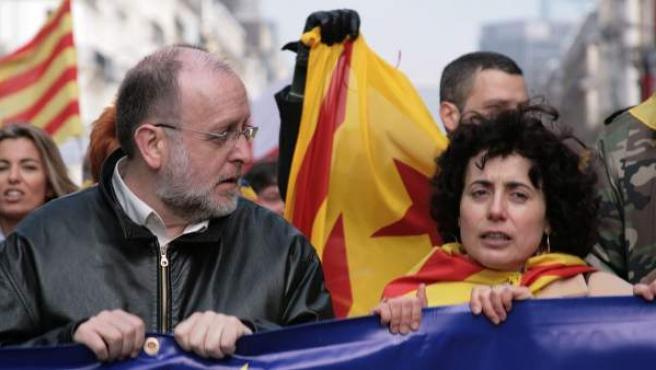 Àngel Colom, exdirigente de Esquerra Republicana de Catalunya (ERC), y actual presidente de la fundación Nous Catalans, vinculada a Convergència Democràtica de Catalunya (CDC) durante una manifestación en Bruselas.