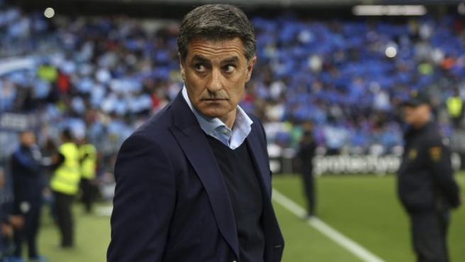 Míchel, en la banda del Málaga-Barça.