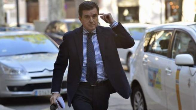 El expresidente del Gobierno balear Jaume Matas, a su llegada a la Audiencia de Palma.