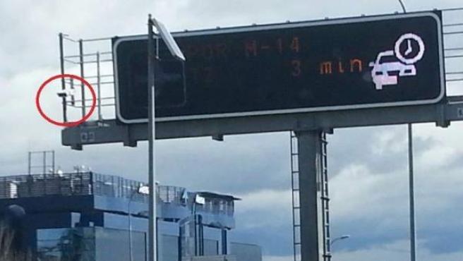 Semáforos de control de cinturón que la DGT ha instalado por España.