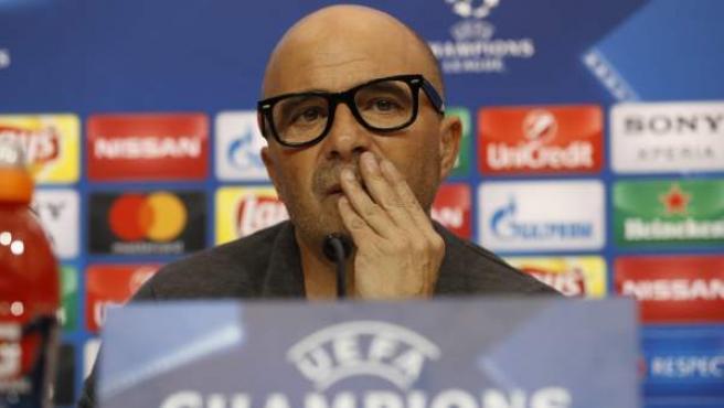 Jorge Sampaoli, entrenador del Sevilla, en rueda de prensa previa a la Champions.