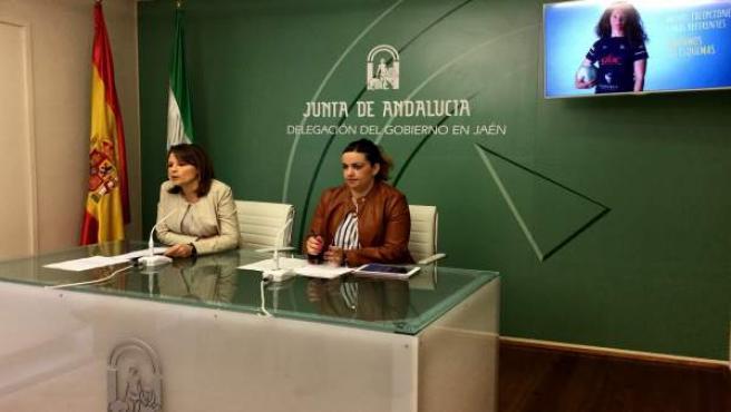 Ana Cobo y Beatriz Martín presentan la campaña 'Quiero ser como ella'.