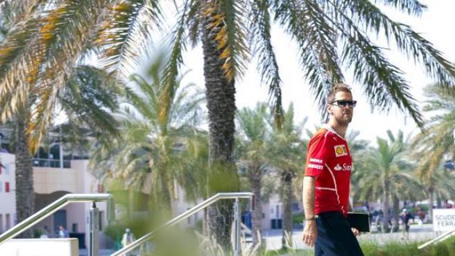 Sebastian Vettel, piloto alemán de Ferrari, en el circuito de Sakhir, en Bahréin.