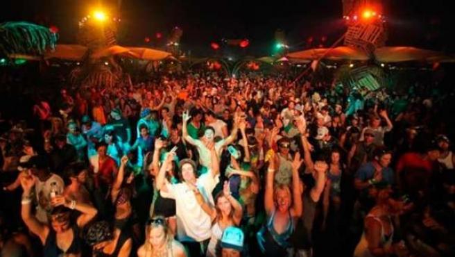 Cerca de 200 bandas y solistas pasarán por los cinco escenarios de Coachella.