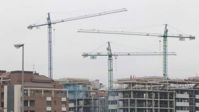 El 'ladrillo' consolida su crecimiento, pero sin signos de una nueva burbuja inmobiliaria.