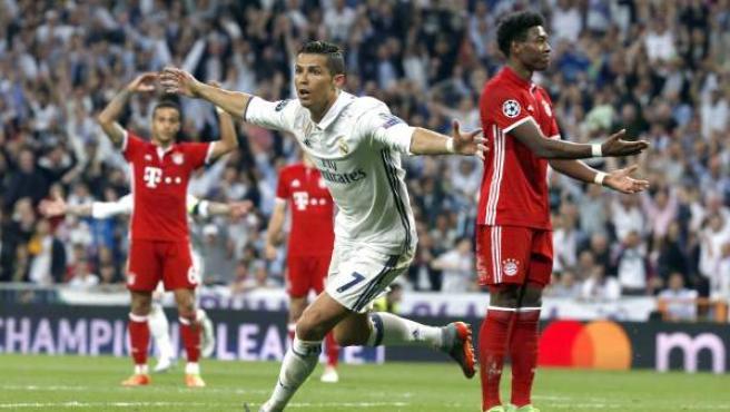 Cristiano Ronaldo celebra uno de sus goles en el Real Madrid - Bayern.