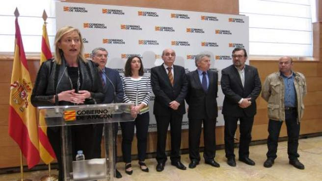 Gastón, Celaya y los agentes sociales, hoy en la presentación de la Estrategia