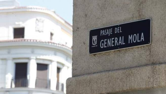 Pasaje del dedicado al general franquista Emilio Mola en Madrid.