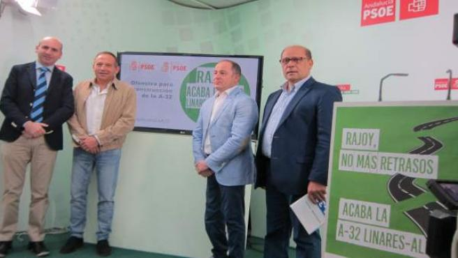 Rueda de prensa del PSOE sobre la A-32