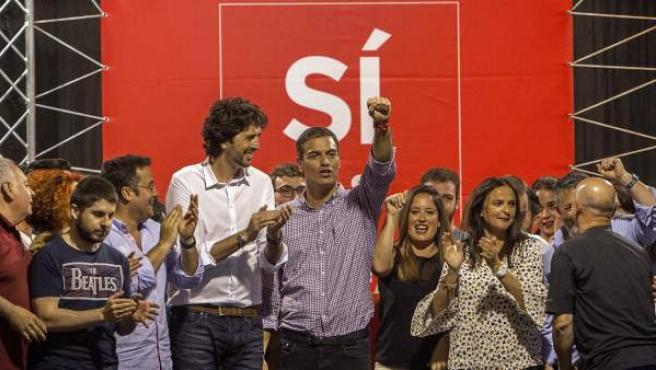 El precandidato a la secretaría general del PSOE Pedro Sánchez en un mitin en Jerez de la Frontera.
