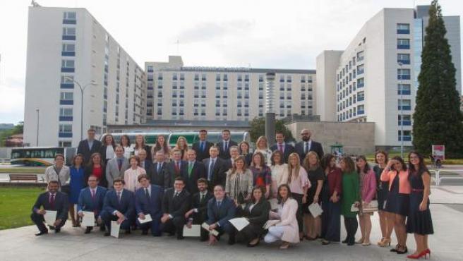 Ultima promoción de residentes de la Clínica Universidad de Navarra.