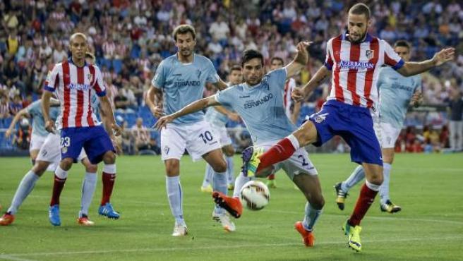 Un lance del partido entre el Atlético de Madrid y el Eibar.