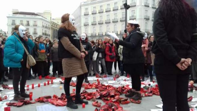 Mujeres en huelga de hambre en Sol.