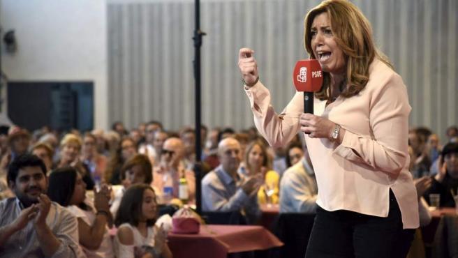 Susana Díaz, durante un mitin de las primarias socialistas en Tierz (Huesca), este fin de semana.cc