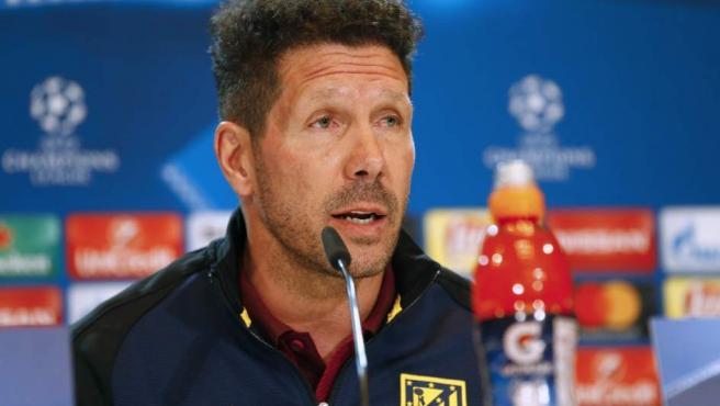 Diego Simeone, entrenador del Atlético, en rueda de prensa.
