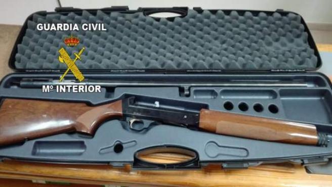 Arma utilizada por el hombre detenido en La Carolina.