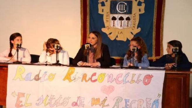 Ruiz participa en el programa de radio organizado por los estudiantes