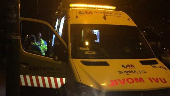 Un equipo del servicio de emergencias de Madrid Summa 112, en una imagen de archivo.