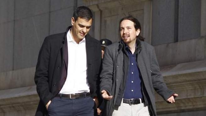 Imagen de archivo de una reunión de Pedro Sánchez y Pablo Iglesias en el Congreso.