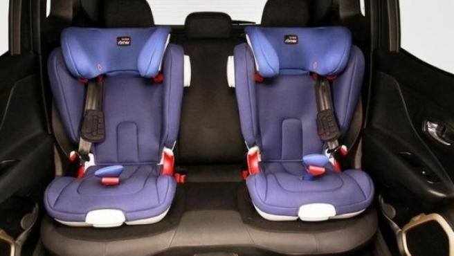 Viajar sin silla infantil es una infracción multada con 200 euros.