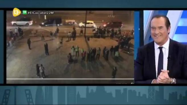 Una imagen del programa 'El Cascabel al Gato' en el momento de hablar del atentado de Manchester.