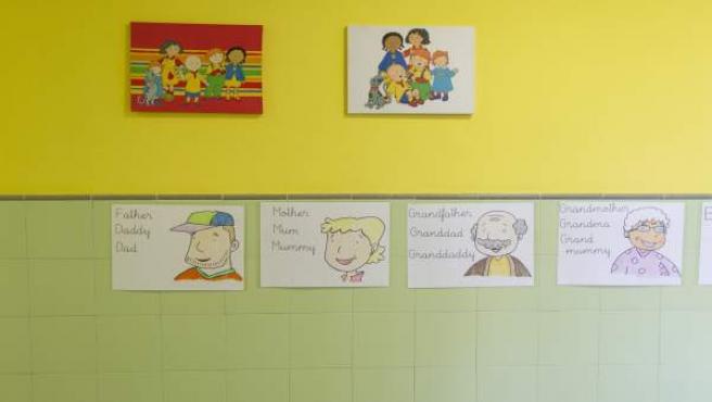 Colegio bilingüe, aula, primaria, infantil, clase, niño, niña, niños