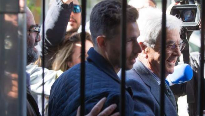 El delantero del Betis Rubén Castro, a su llegada a los juzgados.