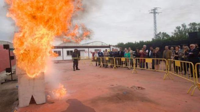 Ceniceros visita a la empresa MICEX Formación en Anguciana