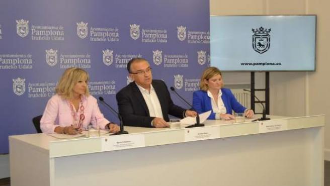 Caballero, Maya y García Barberena en la rueda de prensa