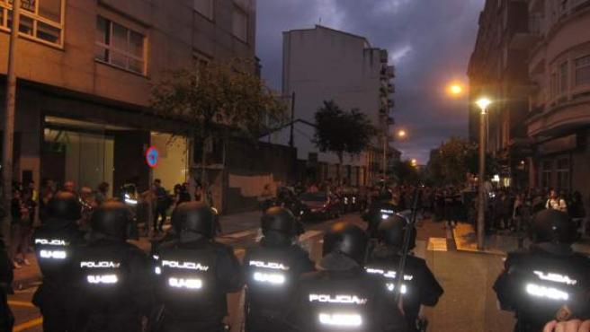 Manifestación Y Cargas Policiales En Santiago