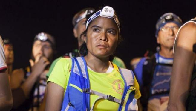 La corredora mexicana Lorena Ramírez, primera mujer tarahumara que compite en una ultramaratón en Europa, en la prueba de ultrafondo en montaña Tenerife Bluetrail.
