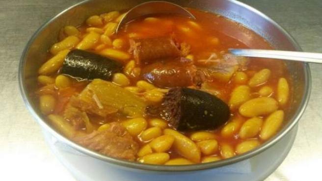 Fabada asturiana.