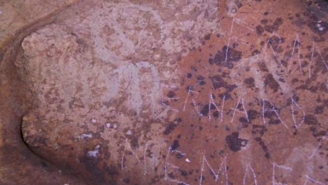 Pinturas de la Cueva de la Victoria dañadas