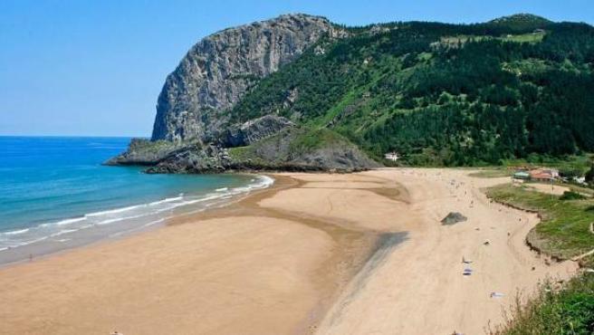 La grandiosa playa de Laga, en la reserva de la Biosfera de Urdaibai.