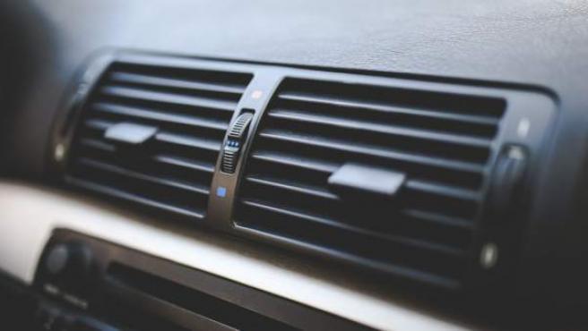 El filtro del polen influye en el aire acondicionado, ya que con el uso se va ensuciando y filtra peor.
