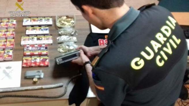 Incautación De La Guardia Civil En Cala (Huelva).