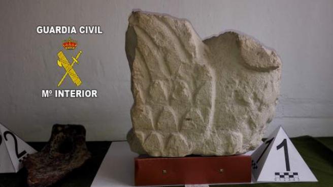 Piezas arqueológicas recuperadas por la Guardia Civil