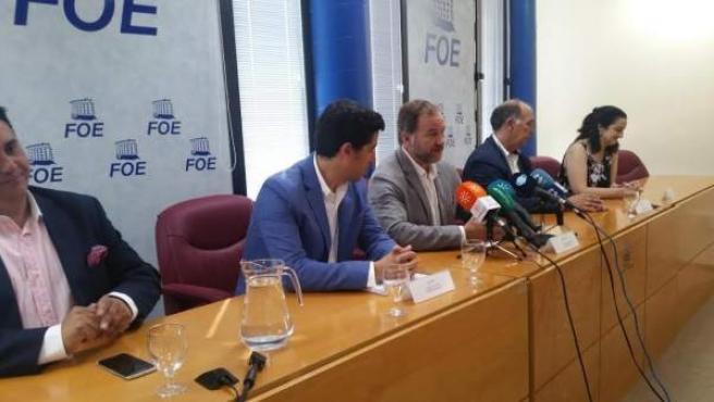 El presidente de la FOE, José Luis García-Palacios, y alcalde Ayamonte, Alberto.