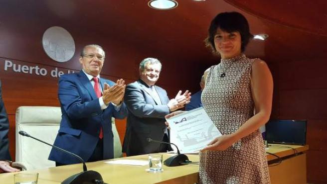 Cristina Díaz recoge el premio de Pintura de Patrimonio Industrial