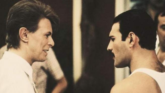 Freddie Mercury y David Bowie.