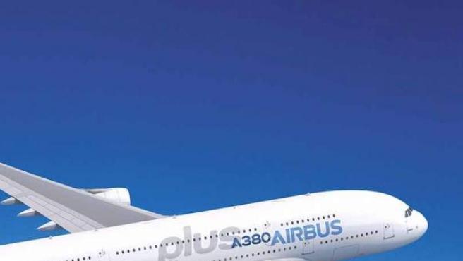 """Según el director comercial de Airbus, John Leahy, el A380plus """"es la solución para reducir la congestión en los grandes aeropuertos""""."""