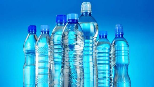 Varias botellas de plástico, en una imagen de archivo.