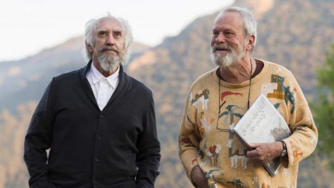 Jonathan Pryce y Terry Gilliam, protagonista y director respectivamente de 'El hombre que mató a Don Quijote', el largo proyecto que el exmiembro de los Monty Phyton ha rodado en localizaciones de España y Portugal.