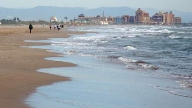 Imagen de archivo de la playa de La Patacona.