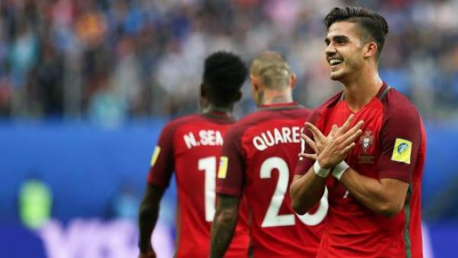 El portugués Andre Silva celebra su gol ante Nueva Zelanda.