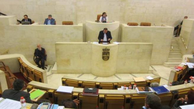 Pleno Del Parlamento De Cantabria